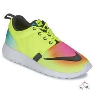 fbe980a8ad79 Nike Shoes - 🆕 Nike Roshe One FB Multi Color Shoes